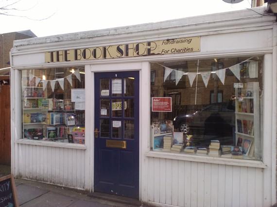 2016-04-19-1461066589-1663198-bookshop.jpg