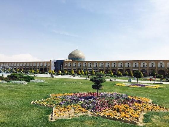 2016-04-19-1461095250-7804050-Iran7.jpeg