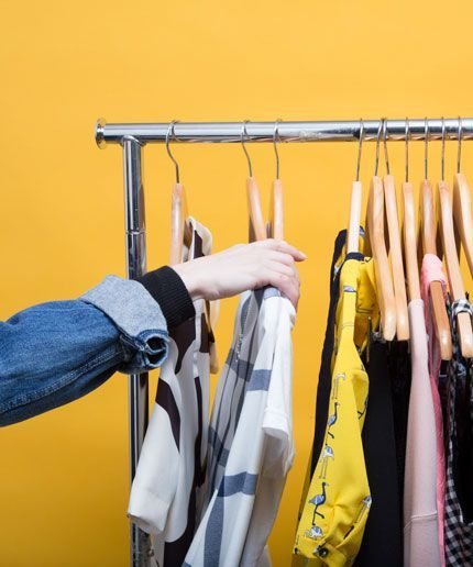 All the Secrets of Working as a Fashion Assistant | The Huffington ...
