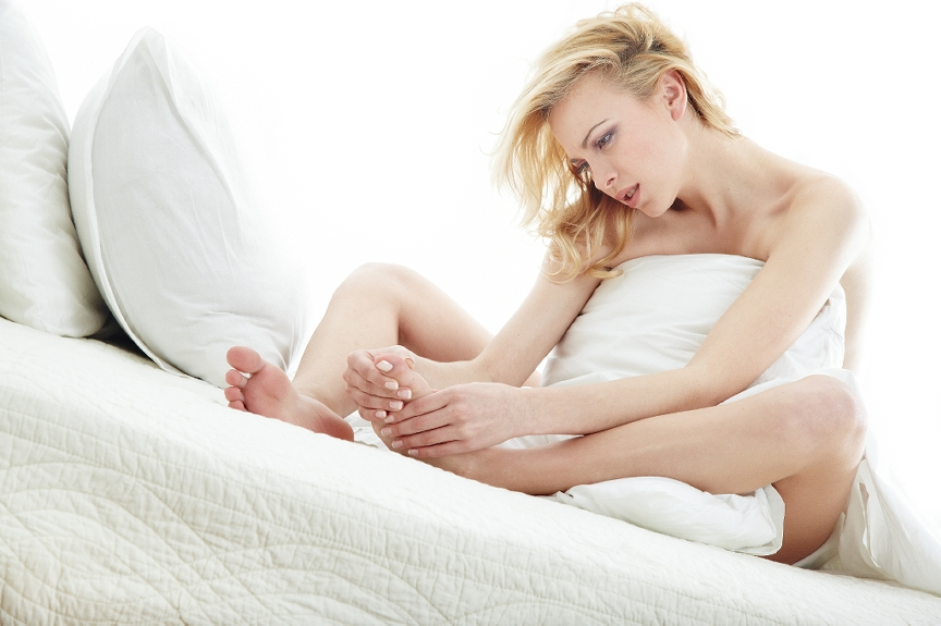 Common Causes of Foot Pain While Sleeping | HuffPost Life