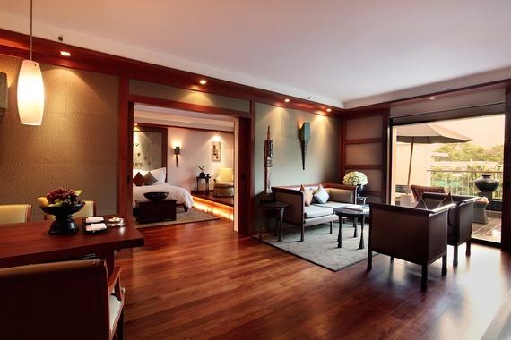 2016-04-21-1461218565-9472041-rooms_sukhothai_beaufort_suite.jpg