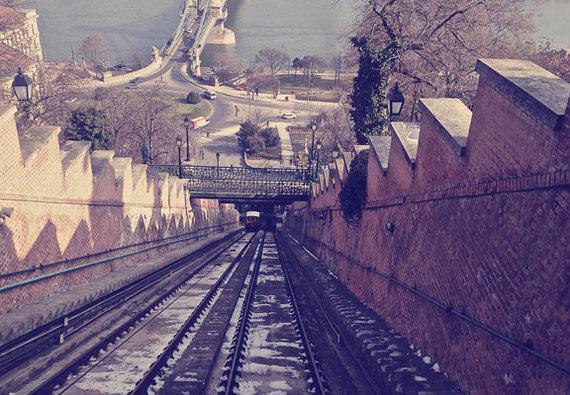2016-04-21-1461254837-3824974-funicular.jpg
