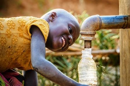 2016-04-22-1461359278-1324766-Malariacleanwater.jpg