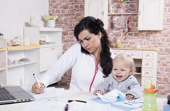 Things Every Budding Single Mom Entrepreneur Needs to Succeed       Things Every Budding Single Mom Entrepreneur Needs to Succeed