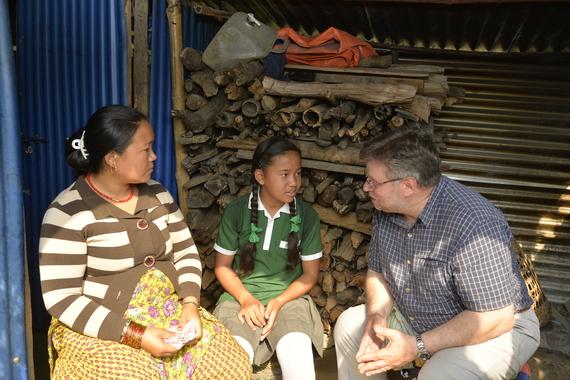 2016-04-25-1461573321-2964684-4.Nepal.Rasuwa.Chris.Kamala.Still.JPG