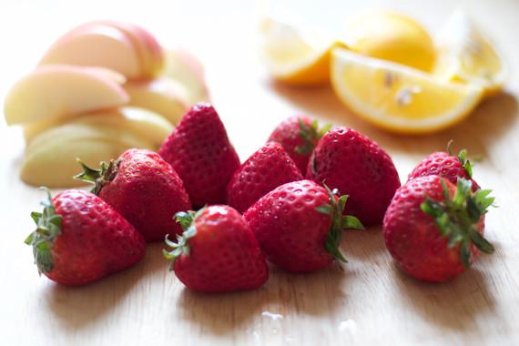 2016-04-27-1461786715-2500421-StrawberriesforSangria.jpg