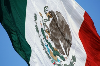2016-04-27-1461793559-1070474-Mexicanflag2.jpg