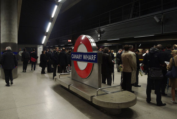 2016-04-29-1461940361-5220828-Canary_Wharf_tube_station_MMB_04.jpg