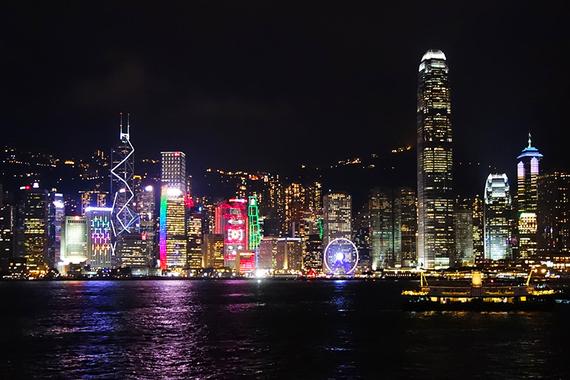 2016-05-01-1462136259-2035734-SymphonyOfLights_HongKong.jpg