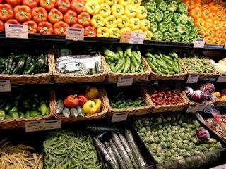 2016-05-02-1462206869-84391-Foodsurplus.jpg