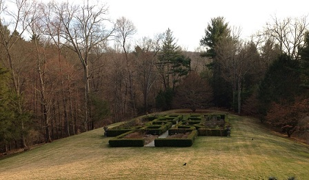 2016-05-03-1462314442-5408396-gardens.JPG