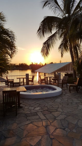 2016-05-05-1462455429-6021513-bahamas_sunset_sabor_new.jpg