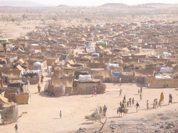 2016-05-05-1462465082-9956346-Darfur_refugee_camp_in_Chad.jpg