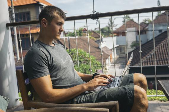 Tomas Laurinavicius coding.