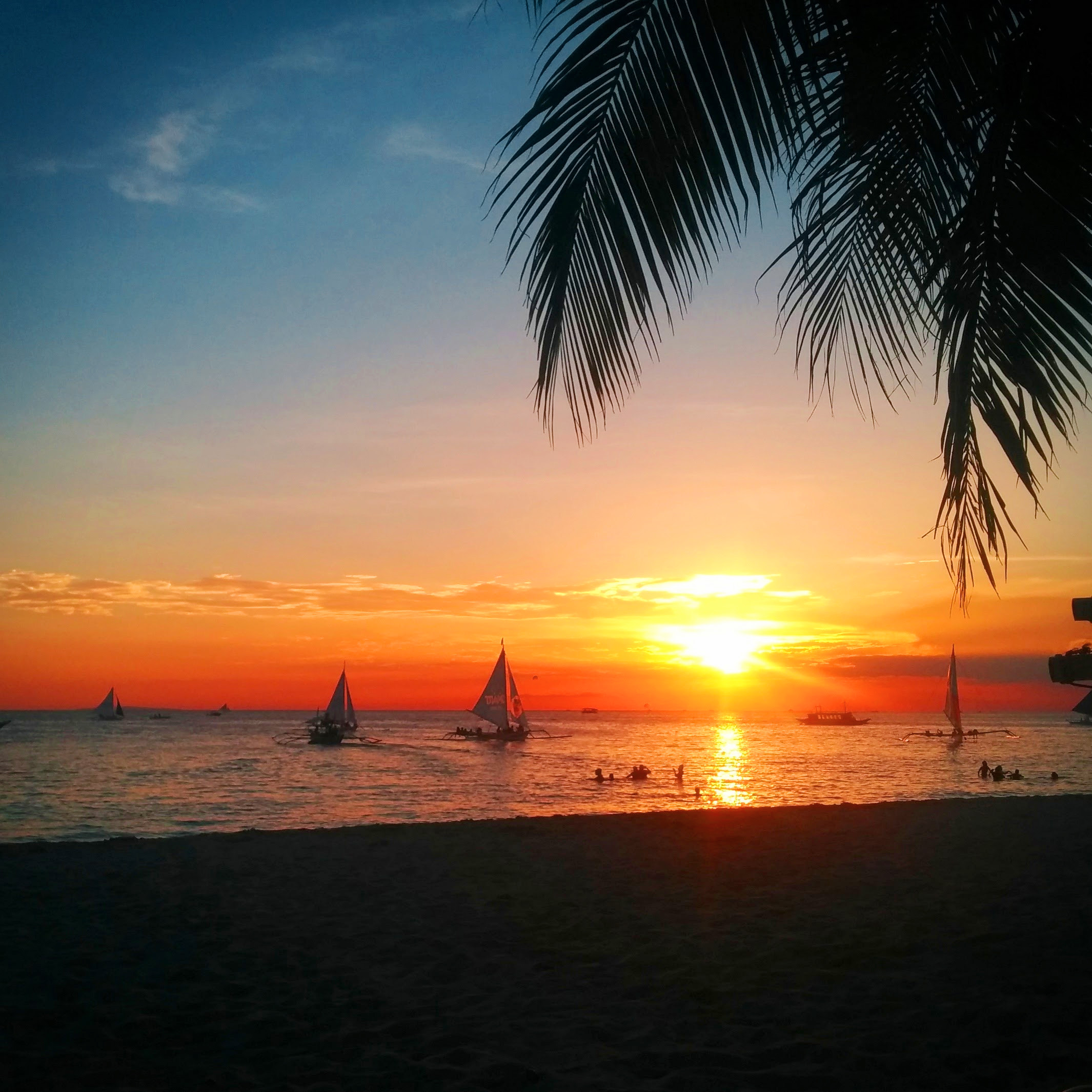 Boracay Beach: 7 Reasons To Visit The Philippines