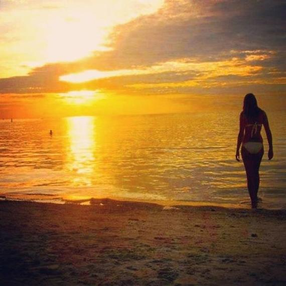 2016-05-10-1462852014-8534821-maketimetoseetheworld.beach.jpg