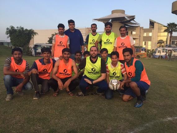 2016-05-12-1463086356-5682796-pakistaniworkersmatch.jpg