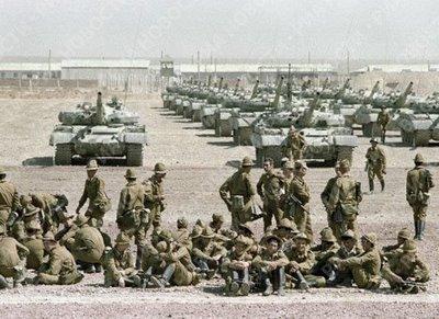 2016-05-15-1463337064-4334555-soviet_troops_afghanistan.jpg
