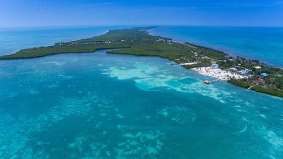 2016-05-16-1463419252-7617527-Belize1.jpg