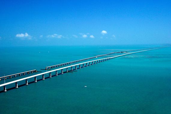 2016-05-17-1463494005-8102755-looooooong_bridge.jpg