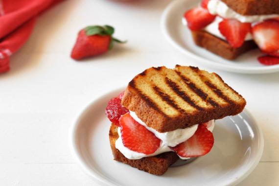 2016-05-18-1463608322-2635592-grilledstrawberryshortcake600x903copy.jpg
