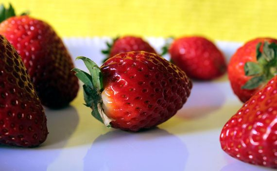 2016-05-19-1463692733-1804946-strawberries.jpg