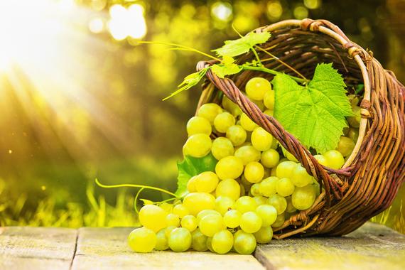 2016-05-20-1463744399-434564-grapes.jpg