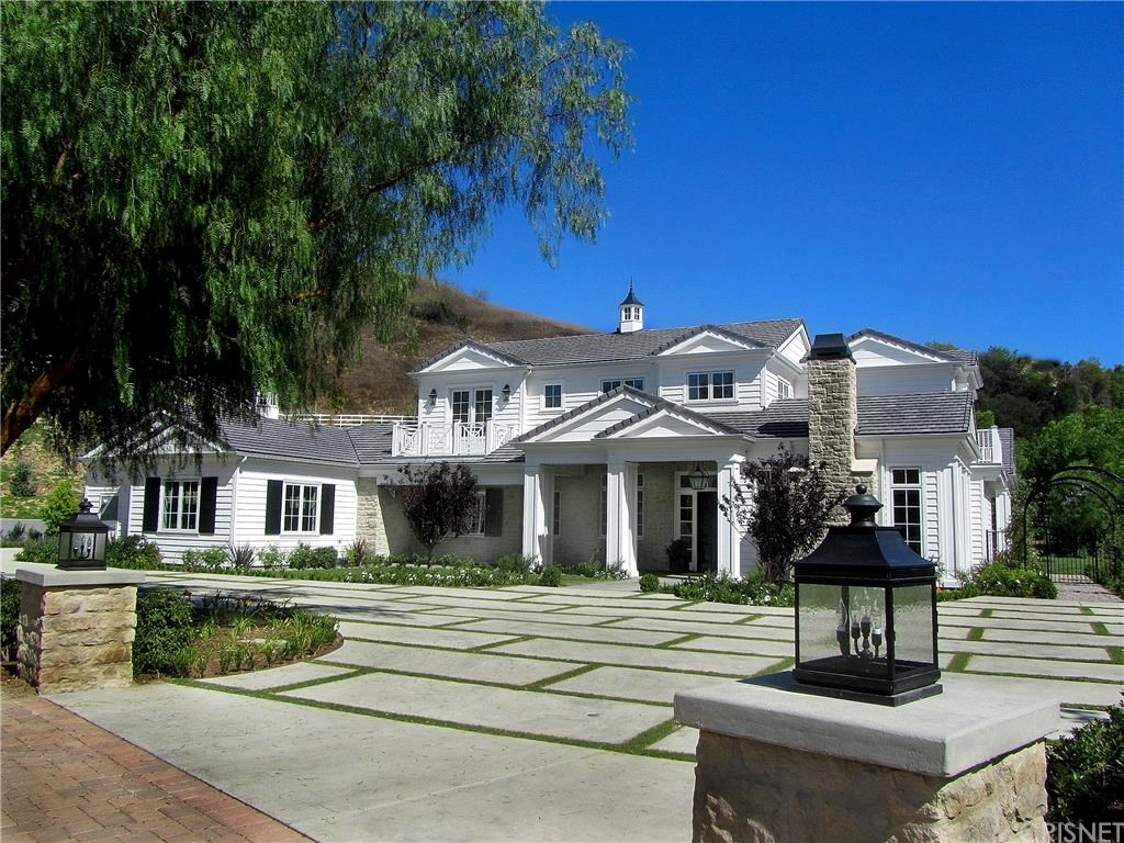 kylie jenner new house jenner on and up check out stunning 29793