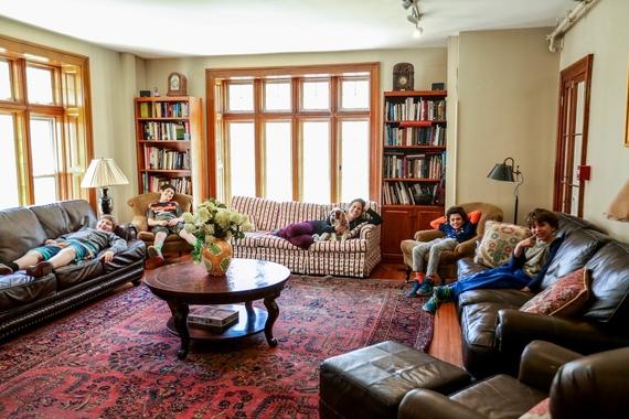 2016-05-23-1464025985-1751305-Livingroomwkids.jpg