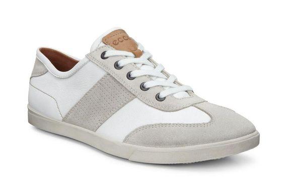 2016-05-30-1464615705-5321799-sneaker.jpg