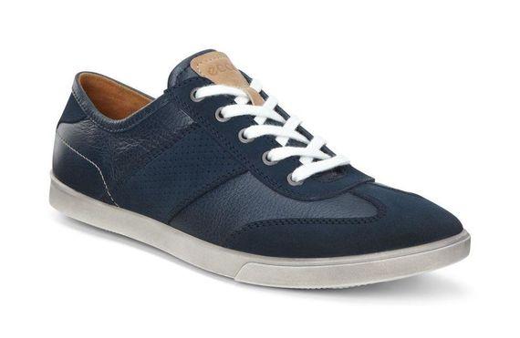 2016-05-30-1464615834-4016556-sneaker2.jpg