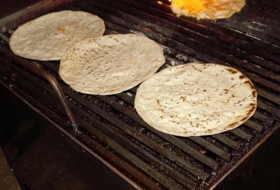 2016-06-03-1464973504-3872452-tortillas1322336639x446.jpg