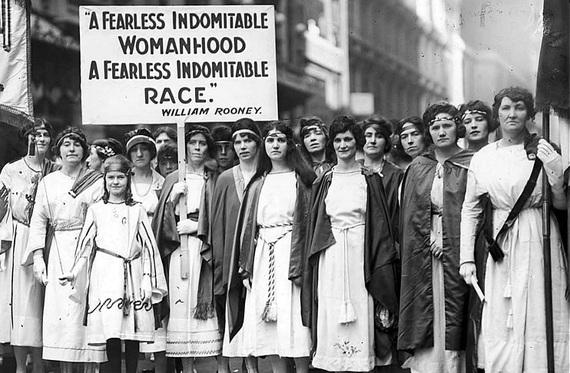 2016-06-04-1465041498-9874691-Suffragettes_New_York_Times_1921.JPG