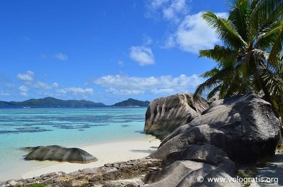 2016-06-05-1465149595-9552224-seychelles.jpg