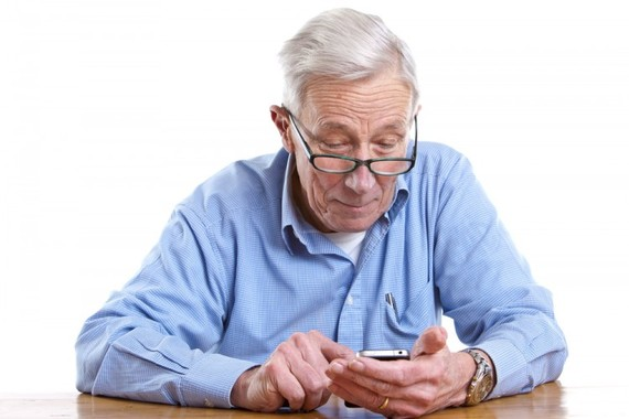 Best Simple Smartphones for Seniors
