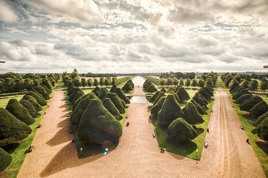 Capability brown the english landscape garden huffpost 2016 06 07 1465325071 9228375 6hamptoncourtpalaceyewtreesg workwithnaturefo