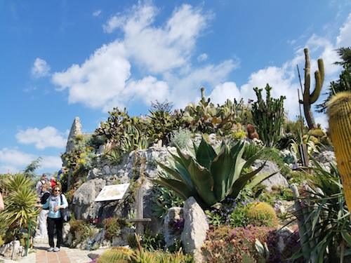 Eze a must visit when in the french riviera huffpost for Eze jardin exotique statues