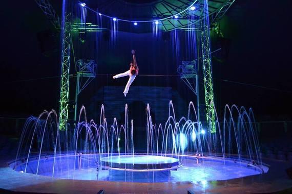 2016-06-10-1465524150-1212490-cirque2.jpg
