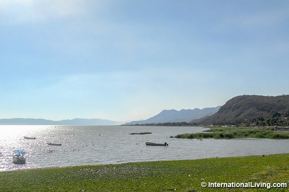 Largest lake in mexico