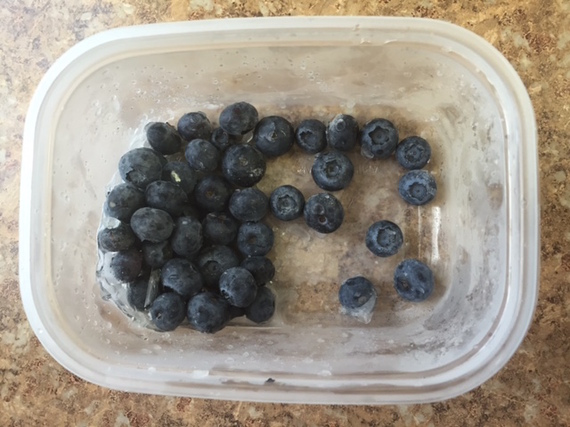 2016-06-19-1466368976-7816741-blueberries.jpg