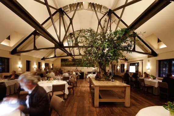 2016-06-21-1466541989-8741047-bestrestaurantbluehillatstonebarns.w536.h357.2x.jpg
