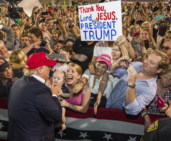 2016-06-26-1466913781-6816635-Trumpvoters.jpg