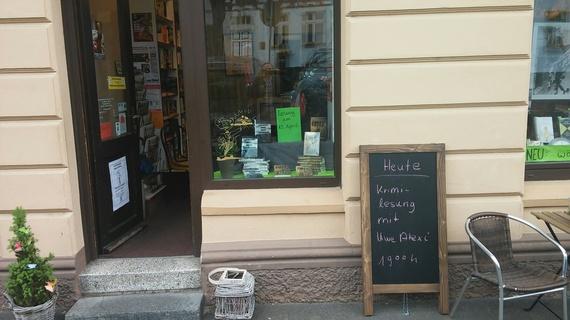 2016-06-26-1466970248-2411869-BildOestrichBuchhandlungIdstein.jpg