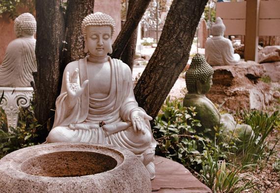 2016-06-27-1467032929-6326752-whitebuddha.jpg
