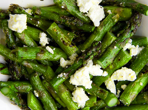 So simple and so good -- this grilled asparagus and feta salad is the ...