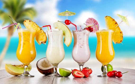 2016-06-30-1467326535-1764825-cocktails.png