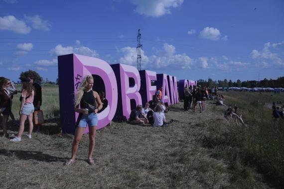 2016-07-01-1467380863-7908458-dreamcity