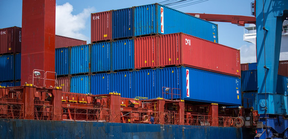2016-07-01-1467386063-9906539-shippingcontainers.jpg