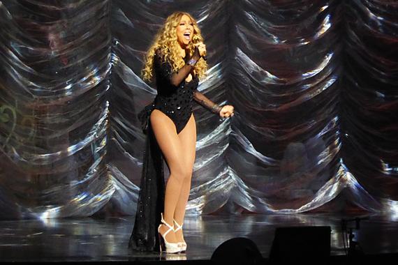 2016-07-09-1468092256-8975511-Mariah_Carey_Las_Vegas_2.jpg