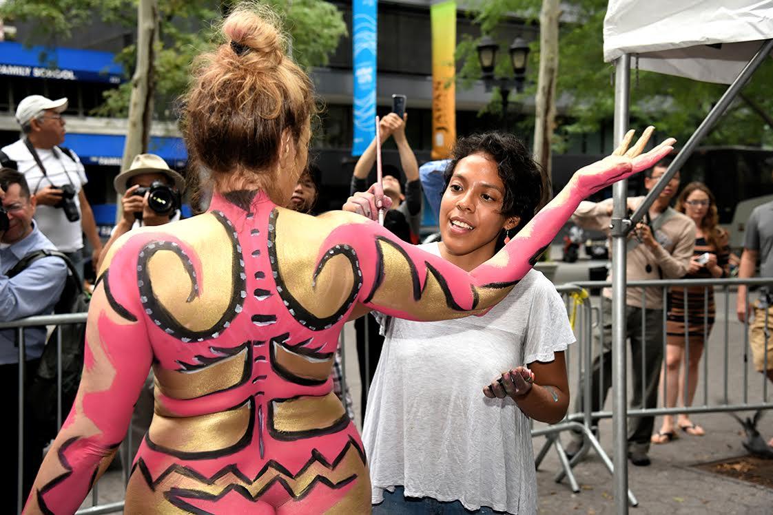 Public body art  2016-07-13-1468425507-3441298-BackandYvett.jpg
